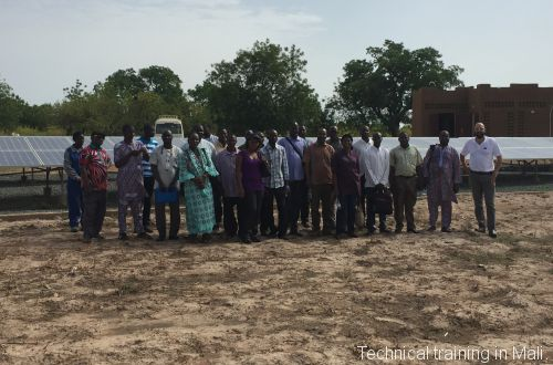 Technical training in Mali.